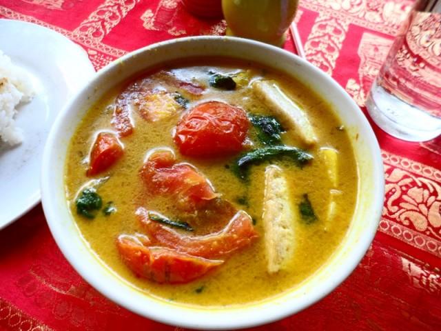 Камбоджийский суп с лемонграсом