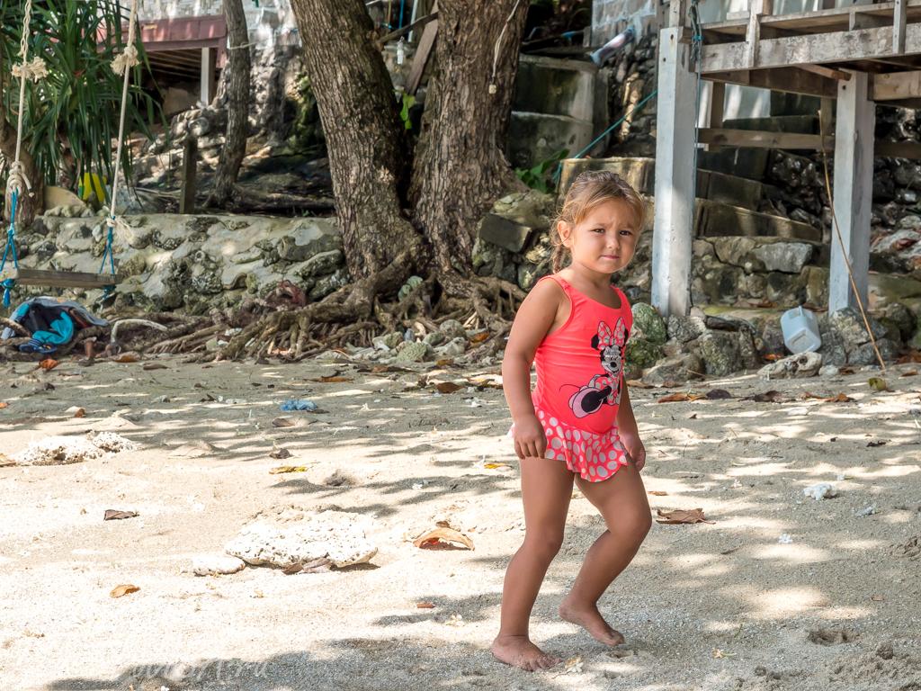 ребенок в таиланде